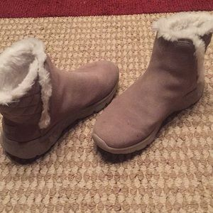 Sketchers Fur Lined Winter Boots